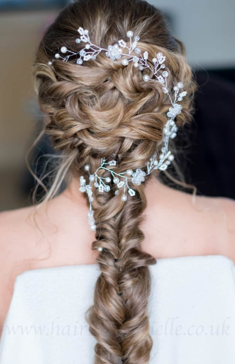 Dazzle wedding accessory